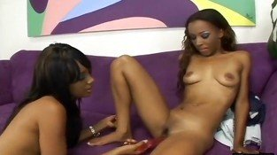 Young Black Babes Hook Up While