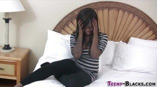 Ebony babe gets toyed